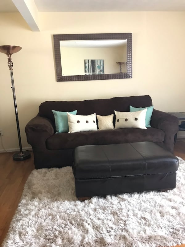 **FREE** Sofa, Loveseat and Chair. 852f6d30-05f4-4a6f-bbdc-6a1f0cfd8aa1