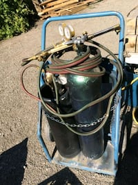 Oxy-acetylene cutting torch Calgary, T2S 0C3