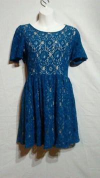 Blue and tan floral scoop-neck dress Oklahoma City