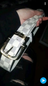 silver-colored leather belt London, N5W 4L8
