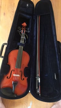 Violin with bow and case Mc Lean, 22101