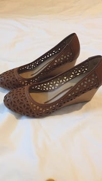New Direction (8) tan heels Easley, 29642