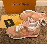 LV runaway shoes  Troy