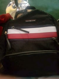 Tommy Hilfiger bag Winnipeg, R3N 1V4