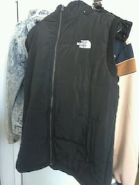 black The North Face zip-up vest Toronto, M3J 3P1