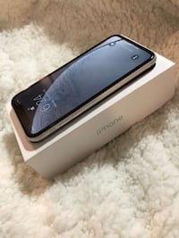 iPhone XR Newmarket, L3Y 4Z2