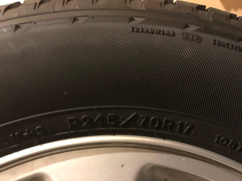 Set of 4 Wheel and Tires c900a338-6ba1-4e43-8ea0-a16381563165