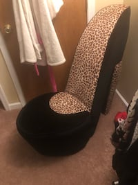 Shoe chair  Bethlehem