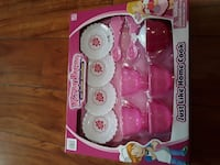 pink and white Kitchen plastic toy in box