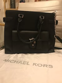 black Michael Kors leather tote bag Cambridge, N3H 2A6
