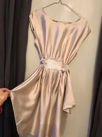 Women's Gold Dress - US 2 Mississauga, L4Z 2V8