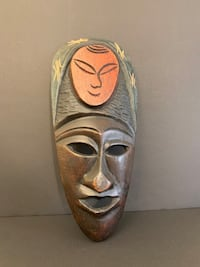 African Wood Mask Hand Carved Third Eye Symbol Multicolour Preowned  Montréal, H4R