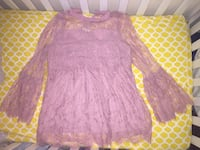 Lace, bell sleeved size small mauve tunic  Post Falls, 83854