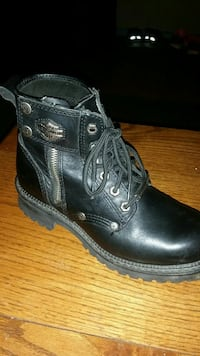 Ladies Harley Riding Boots  Fort Erie, L2A 1E5