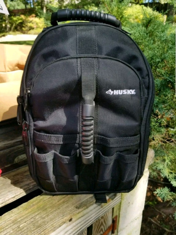 Used Black Husky Backpack for sale in Queens - letgo 6545e6357a8ed