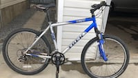 Men's Trek Aluminum Mountain bike with Front Suspension , 21 speed , 26 inch wheels , 20 inch frame. Excellent condition. Everything works great  $100 Firm price 3116 km