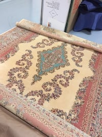 "8'8"" x 12' Karastan all wool rug. Excellent condition Fairfield, 06824"