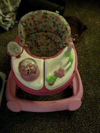 Baby walker with non removable tray Northglenn, 80241