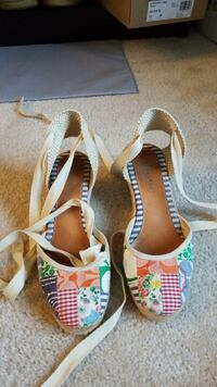 Coach lace up wedges size 6