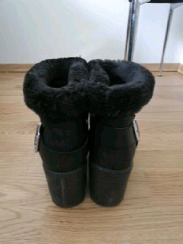 Boots UK size 6