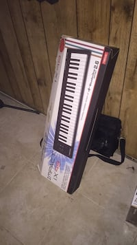 black and white electronic keyboard Baltimore, 21213