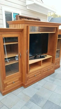 Custom Built entertainment center Pleasant Hill, 94523