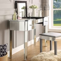 Addison mirrored makeup jewelery vanity table 2 drawers and lift up top clear y glass. Houston, 77063
