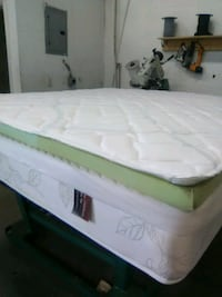 white and green bed mattress Miami, 33147