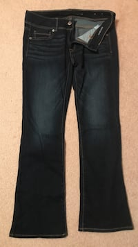 AE jeans - size 6 Whitby, L1R 1V6