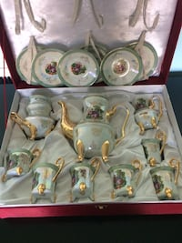 white and green ceramic tea set Springfield, 22150