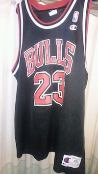 black and red Chicago Bulls jersey Erie, 16505
