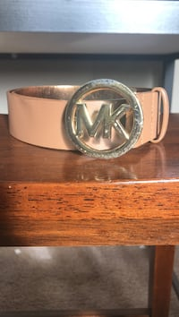 beige Michael Kors leather belt with silver-colored buckle Middletown, 02842