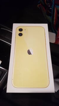 iphone 11 yellow 128gb Toronto