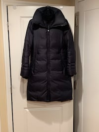 LIKE NEW - Soia & Kyo Down Jacket