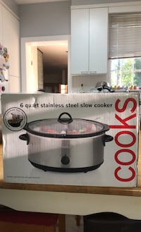 New 6 quart stainless steal slow cooker! Wilmington, 19807
