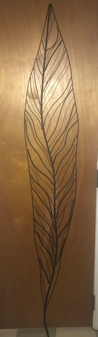 black and brown leaf print wall decor Pelham, 10803