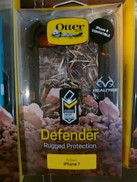 black OtterBox Defender Series case for iPhone 7 box Barrie, L4N 0Y9