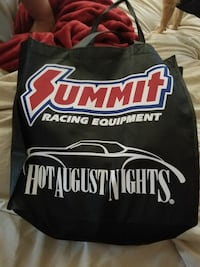 Hot August  NItes tote bsg 2017