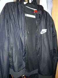 Nike rain proof windbreaker  Port Moody, V3H 4C8