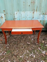 Cherry top desk with drawer Hagerstown, 21740