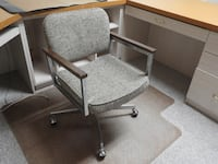 work chair with working wheels and adjustable seat Markham