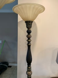 Excellent condition beautiful long marble lamp