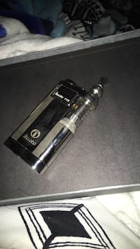 Black and gray itaste box mod