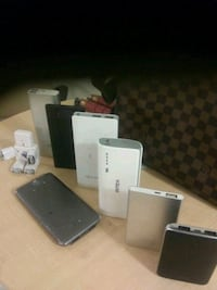 7 portable chargers all working great various bran