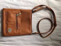 brown leather 2-way bag Whitby, L1N 5W5