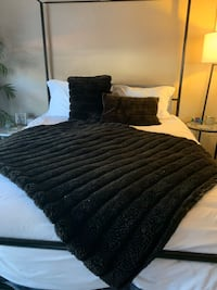 Chocolate Faux Fur Blanket And 2 Accent Pillows  Las Vegas, 89117