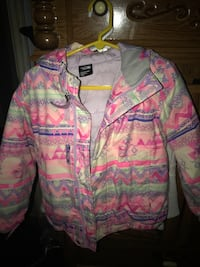 Girls north face size 5 winter coat
