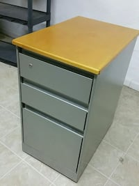 Wood top filing cabinet 3 drawer 908 mi
