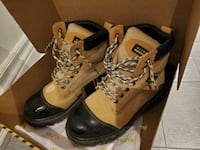 Altra Industrial Safety shoes/boots size 8 Mississauga, L5B 4P5