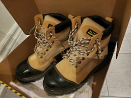 Altra Industrial Safety shoes/boots size 8